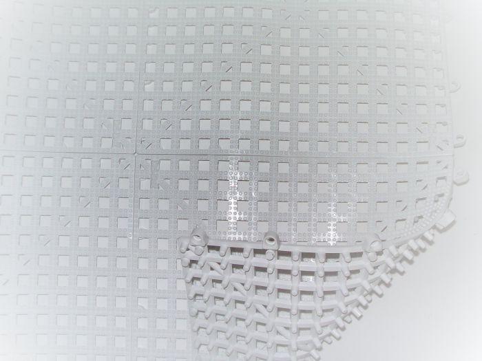 TouchAmerica Non-Slip Floor Mat White 36